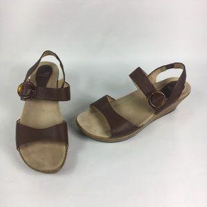 Dansko size 40 1206787000 Brown Leather Wedge